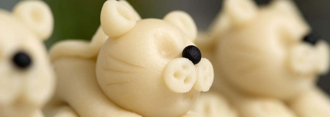 Aus marzipan modellieren tiere Marzipan ausrollen
